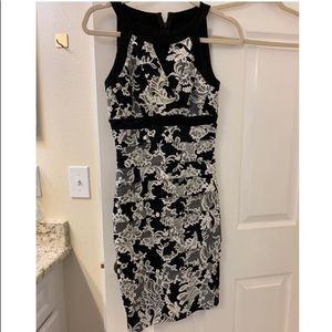 NWOT WHBM size 0 instantly slimming dress